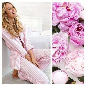 Victoria's Secret Signature Striped Pajamas